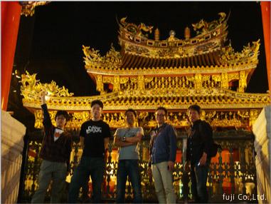 夜の中華街散策